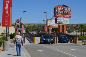 Tanger Outlet in Barstow