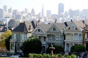 "Alama Square mit den ""Painted Ladies"""